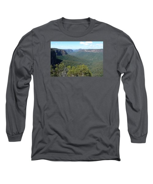 Blue Mountains Long Sleeve T-Shirt by Carla Parris