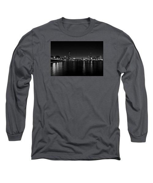 Chicago-skyline 2 Bw Long Sleeve T-Shirt