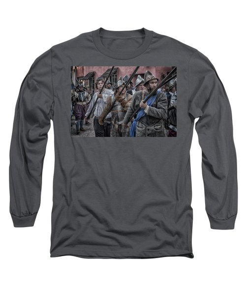 Drakes Raid Of St Augustine Fl Pikes Long Sleeve T-Shirt