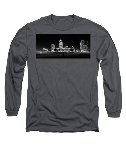 Milwaukee County War Memorial Center Long Sleeve T-Shirt