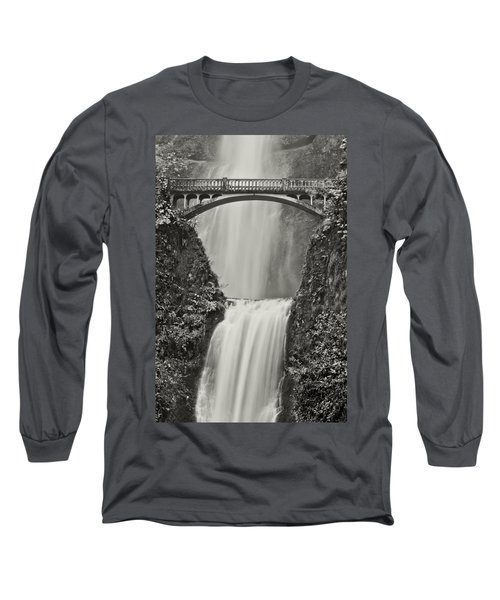 Multnomah Falls Upclose Long Sleeve T-Shirt