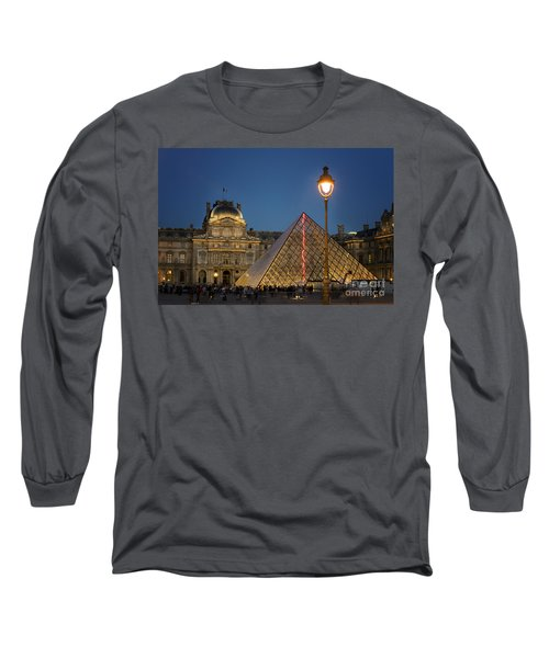 Louvre Museum At Twilight Long Sleeve T-Shirt by Juli Scalzi