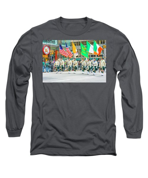 St. Patrick Day Parade In New York Long Sleeve T-Shirt