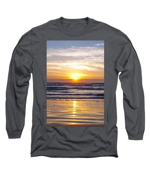 Sunrise At Beach Long Sleeve T-Shirt