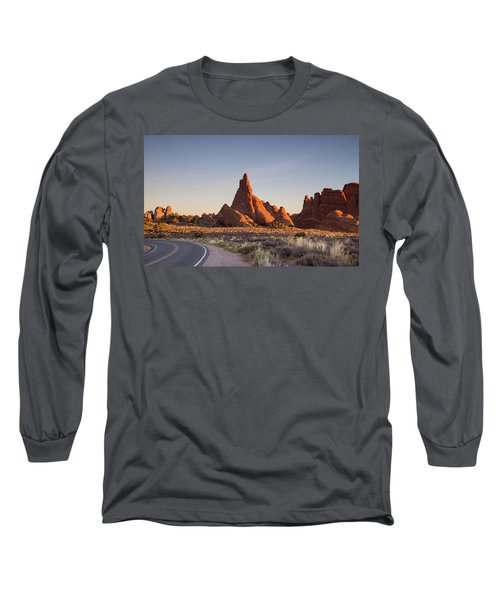 Sunrise In Arches National Park Long Sleeve T-Shirt
