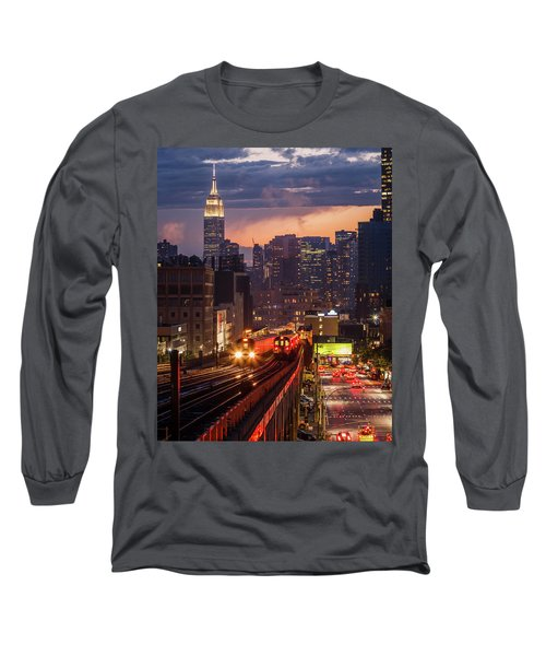 The City That Never Sleeps Long Sleeve T-Shirt
