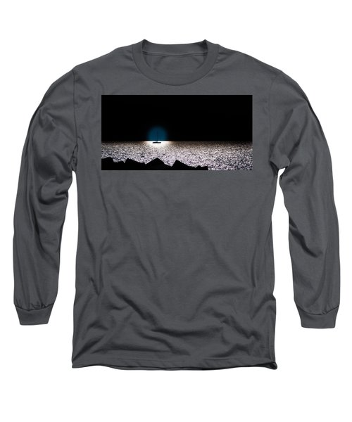 Long Sleeve T-Shirt featuring the photograph Vela by Bruno Spagnolo