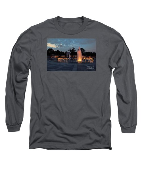 World War II Memorial Fountain Long Sleeve T-Shirt