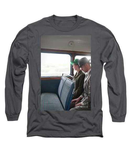 1940s Couple Sitting On A Vintage Bus Long Sleeve T-Shirt by Lee Avison