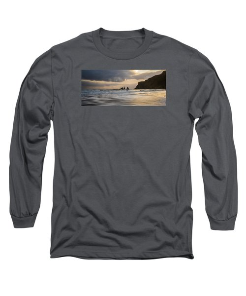 Long Sleeve T-Shirt featuring the photograph Reynisdrangar by James Billings