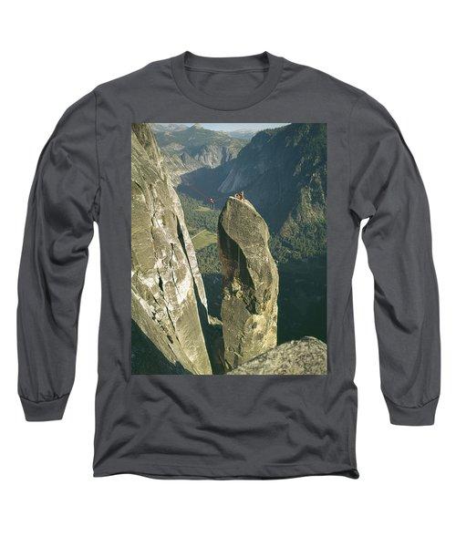 306540 Climbers On Lost Arrow 1967 Long Sleeve T-Shirt