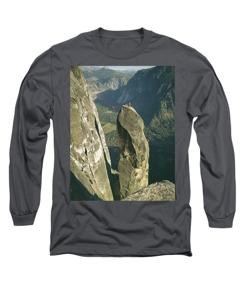 306540 Climbers On Lost Arrow 1967 Long Sleeve T-Shirt