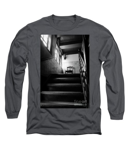 A Chair At The Top Of The Stairway Bw Long Sleeve T-Shirt by RicardMN Photography