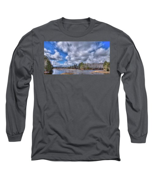 Long Sleeve T-Shirt featuring the photograph A Dusting Of Snow by David Patterson