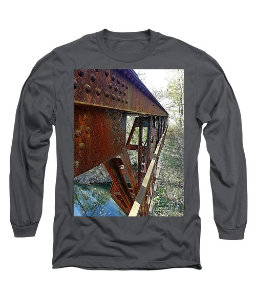 Abandoned Steel Bridge Nashville Indiana Long Sleeve T-Shirt
