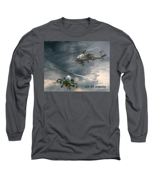Ah-64 Apache Attack Helicopter In Flight Long Sleeve T-Shirt