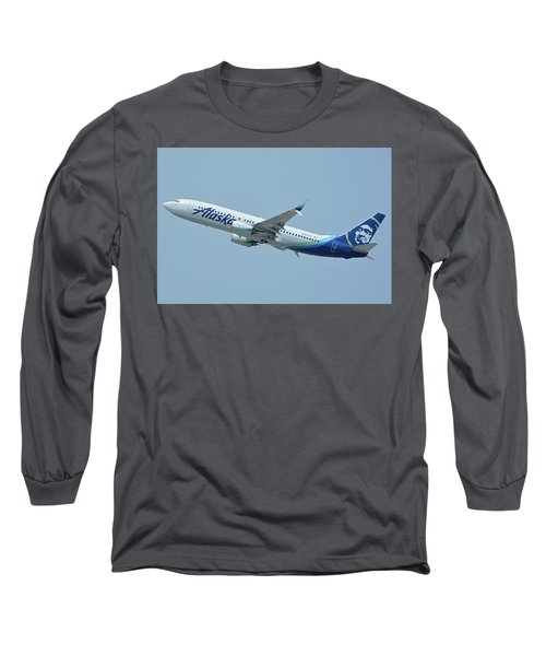 Long Sleeve T-Shirt featuring the photograph Alaska Boeing 737-890 N563as Los Angeles International Airport May 3 2016 by Brian Lockett