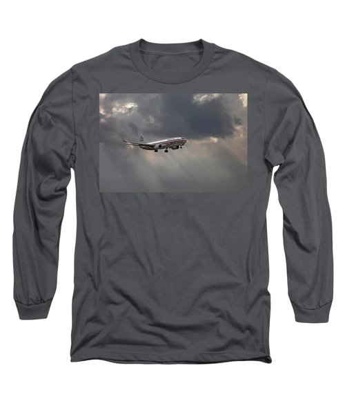 American Aircraft Landing After The Rain. Miami. Fl. Usa Long Sleeve T-Shirt