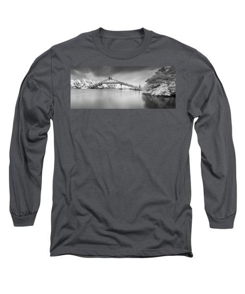 Amritasetu Long Sleeve T-Shirt