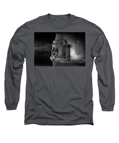 An Antique Stove Long Sleeve T-Shirt
