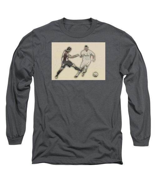 Athletic Club  Vs Real Madrid Long Sleeve T-Shirt by Don Kuing