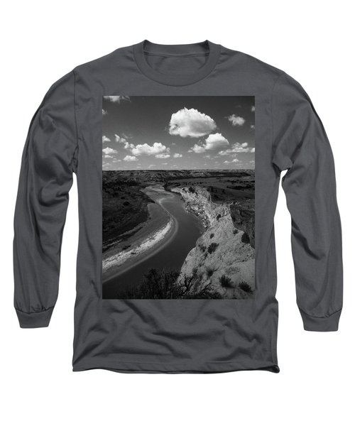 Badlands, North Dakota Long Sleeve T-Shirt by Art Shimamura