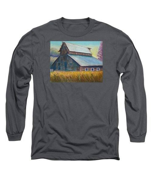 Barn Long Sleeve T-Shirt