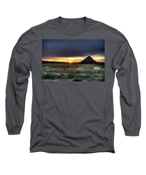 Barn Sunrise Long Sleeve T-Shirt