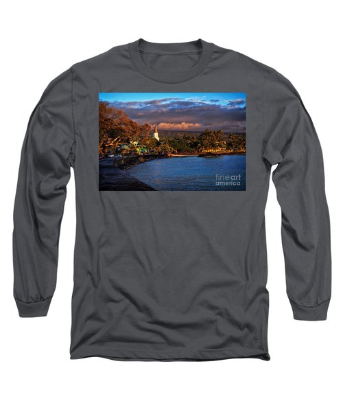 Beach Town Of Kailua-kona On The Big Island Of Hawaii Long Sleeve T-Shirt