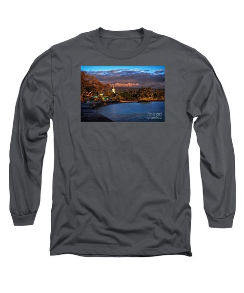 Beach Town Of Kailua-kona On The Big Island Of Hawaii Long Sleeve T-Shirt