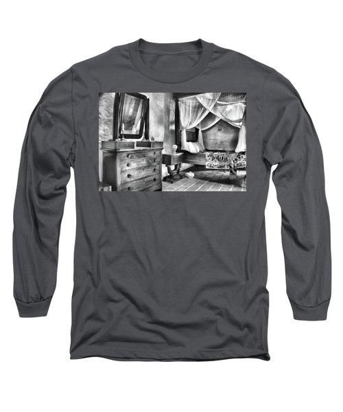 Bedroom Long Sleeve T-Shirt