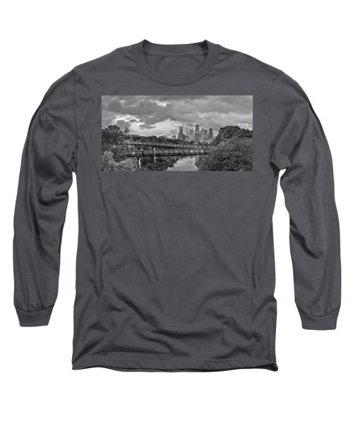 Black And White Panorama Of Downtown Houston And Buffalo Bayou From The Studemont Bridge - Texas Long Sleeve T-Shirt
