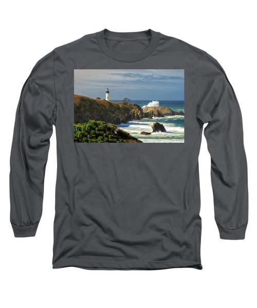 Breaking Waves At Yaquina Head Lighthouse Long Sleeve T-Shirt