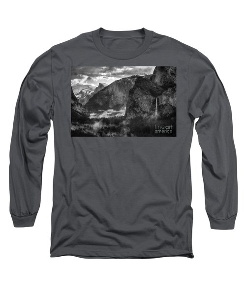Bridalvail Falls And Half Dome Long Sleeve T-Shirt