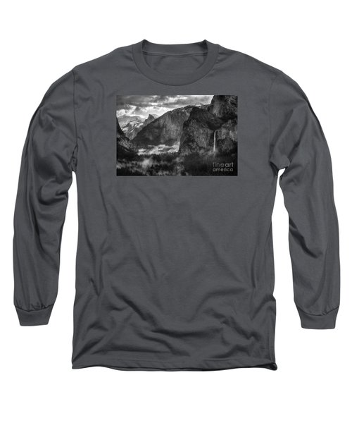 Bridalvail Falls And Half Dome Long Sleeve T-Shirt