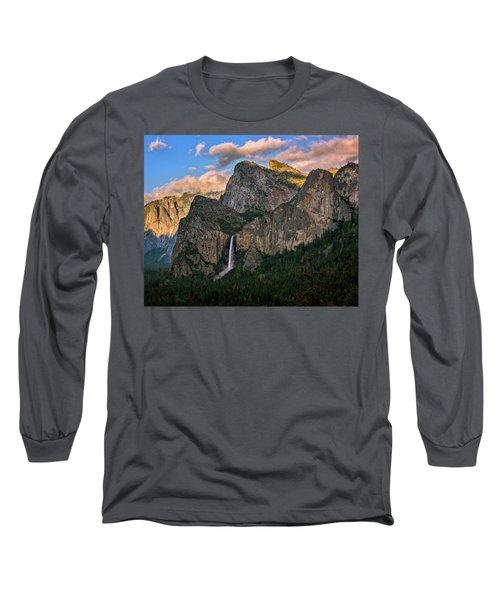 Bridalveil Falls From Tunnel View Long Sleeve T-Shirt