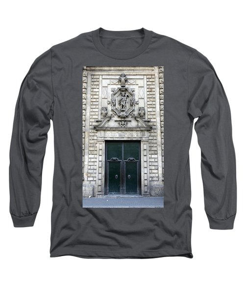 Building Artwork And Old Door In Barcelona Long Sleeve T-Shirt by Richard Rosenshein