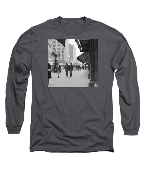 Calder Sculpture On Nicollet Mal Long Sleeve T-Shirt