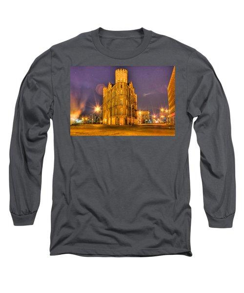 Cass Castle Detroit Mi Long Sleeve T-Shirt