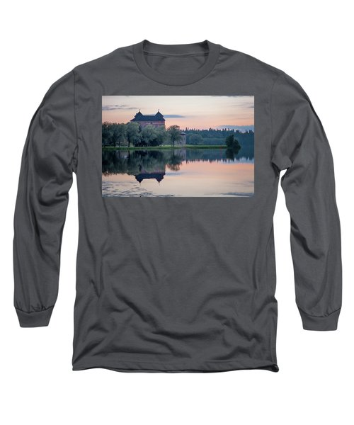 Castle After The Sunset Long Sleeve T-Shirt by Teemu Tretjakov