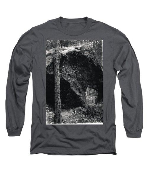 Cazadero, Ca  Vintage Sign Long Sleeve T-Shirt