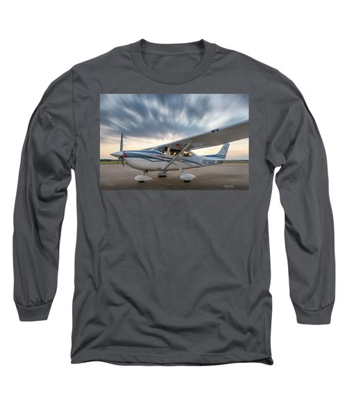 Cessna 182 On The Ramp Long Sleeve T-Shirt