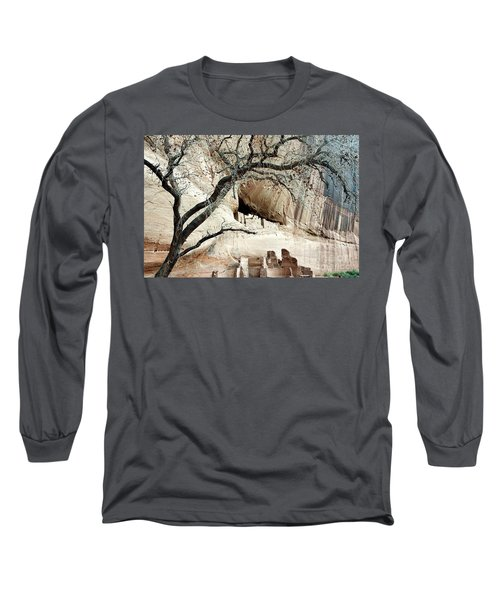 Chelly Framed Long Sleeve T-Shirt