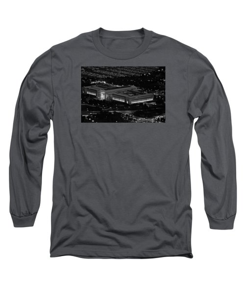 Long Sleeve T-Shirt featuring the photograph Chicago Field Museum Bw by Richard Zentner