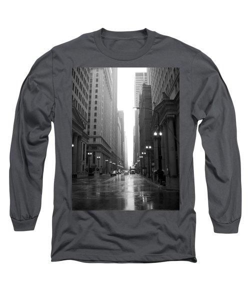 Chicago In The Rain 2 B-w Long Sleeve T-Shirt