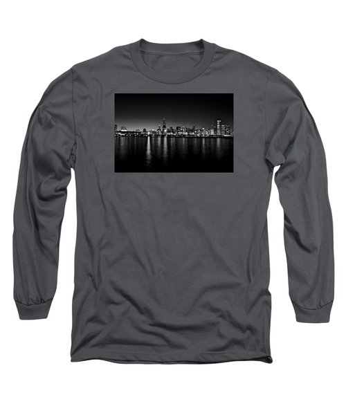 Long Sleeve T-Shirt featuring the photograph Chicago Skyline Bnw by Richard Zentner