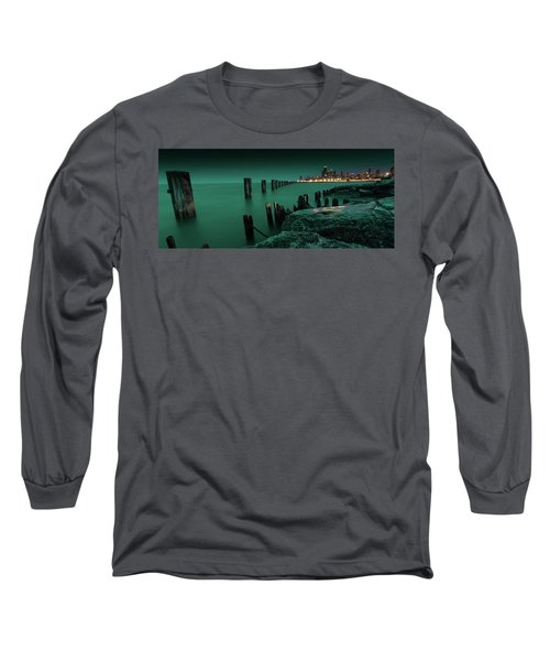 Chilly Chicago Long Sleeve T-Shirt
