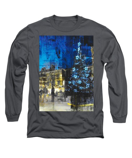 Christmas Eve Long Sleeve T-Shirt by LemonArt Photography