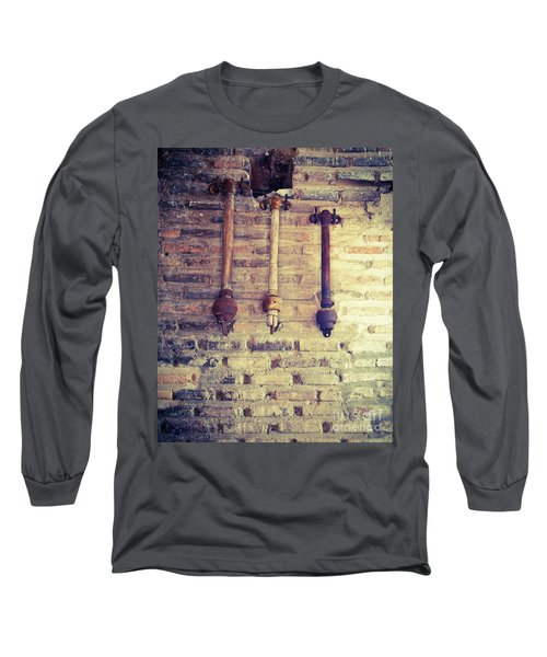 Clappers Long Sleeve T-Shirt