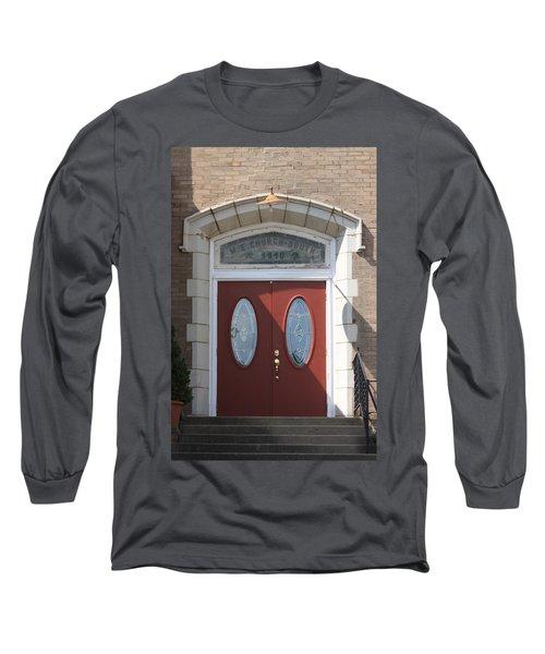 Clifton Hill Missouri Long Sleeve T-Shirt